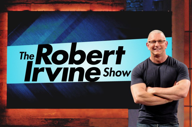 robert-irvine-with-logo_dsc_3762
